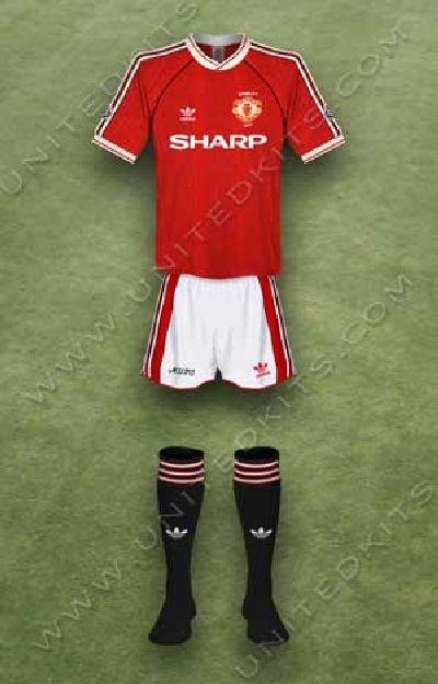 trang phuc ao dau Manchester United